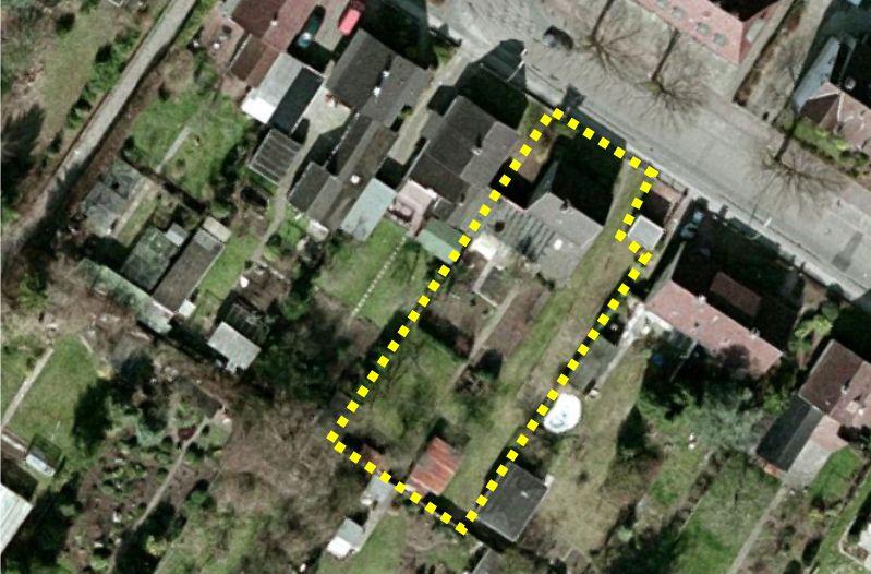 917 qm voll erschlossenes Baugrundstück  mit Altbaubestand in Neumünster